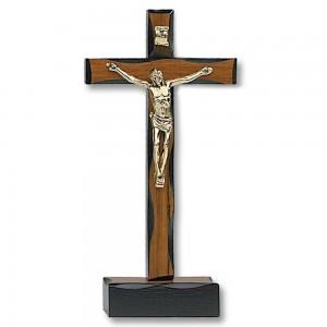 Croce in legno di noce lavorato con base