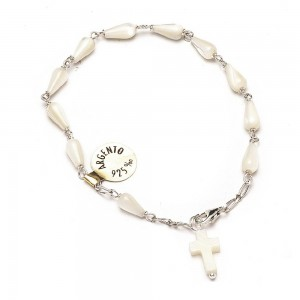 Silver bracelet and drop-shaped mother-of-pearl