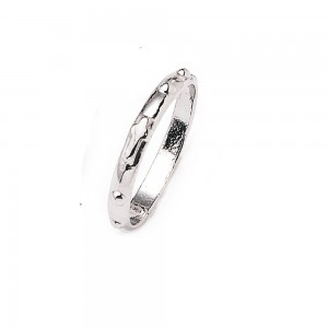 Rosary ring in silver with dots