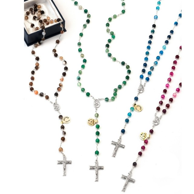 Rosary in Brazilian agate 6 mm with eternal ligature in silver