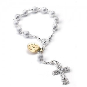One decade rosary in silver dotted