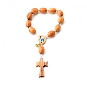 One decade rosary in metal and oval olive wood