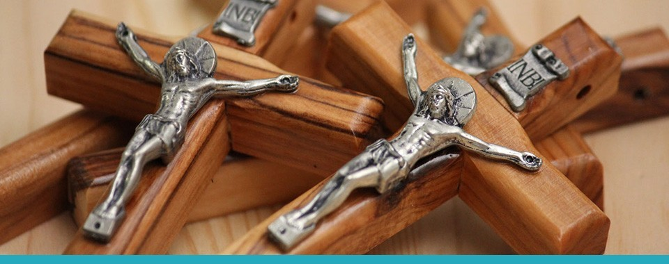 WOODEN CROSS PENDANTS